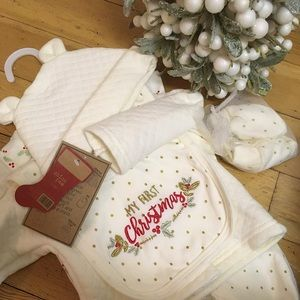 Chick Pea Baby's First Christmas set 0-3m